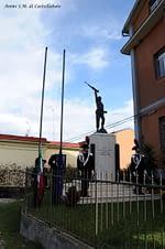 8 novembre lustra monumento